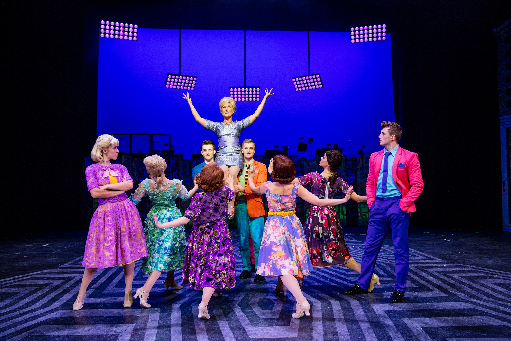 hairspray musical essays Ebscohost serves thousands of libraries with premium essays, articles and other content including hairspray (musical) get access to over 12 million other articles.